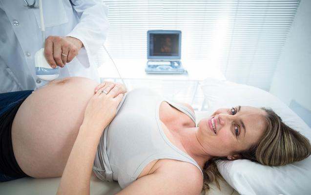 去医院检查是否怀孕应该挂什么科 最快什么时间能检查是否怀孕
